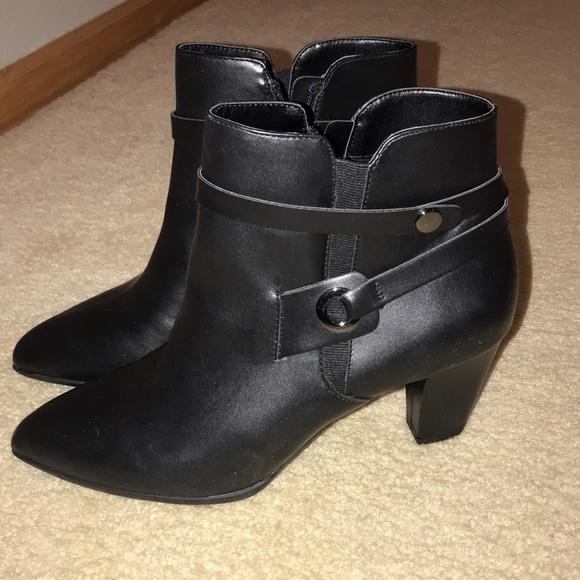 Aubrey Lynn Shoes - Aubrey Lynn Heeled Ankle Boots
